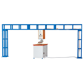 Gantry type high frequency welding machine for tent